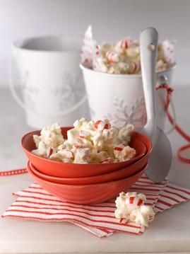 White-Chocolate-Peppermint-Popcorn-Bark